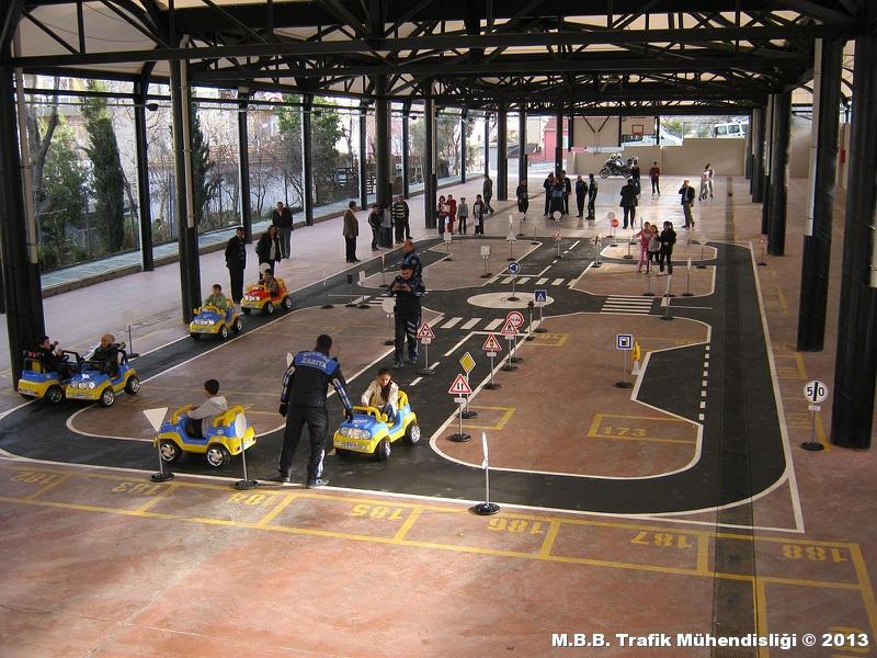 istanbul-avcilar-belediyesi-seyyar-cocuk-trafik-egitim-parki-07